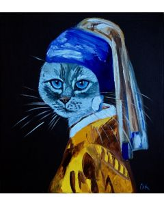 Grey  blue eyes cat with the pearl earring