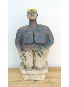 Stargazer Figure - Ceramic Sculpture - Earthy Brown (1)