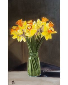 Yellow deffodils in a vase