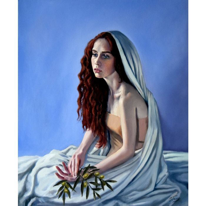 Portrait studying: red haired woman