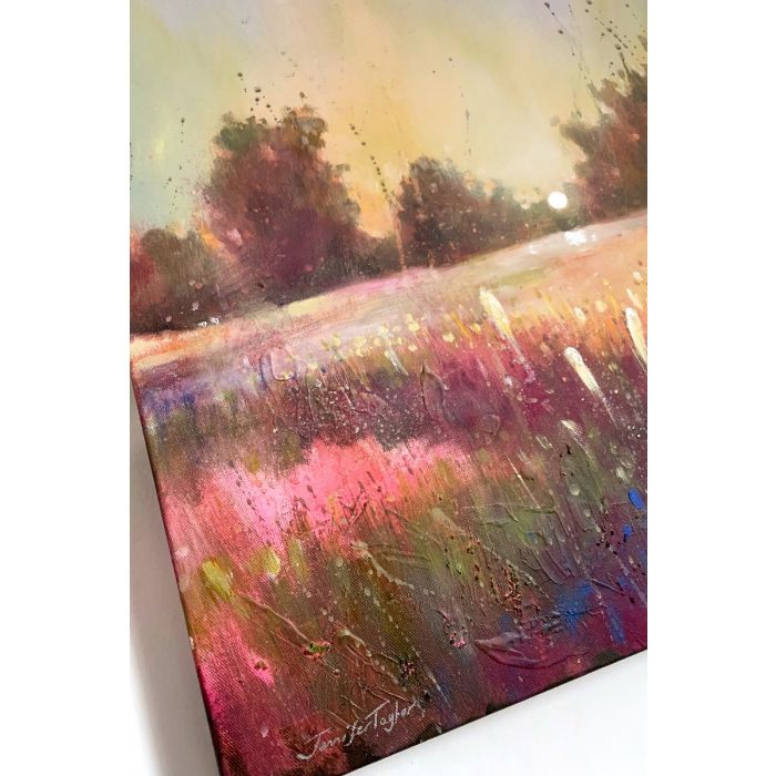 Cow with daisy. Oil on paper