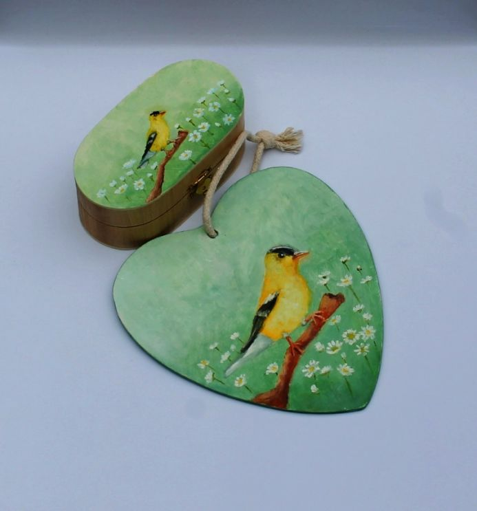 Green set with yellow bird. Hand painted box and plywood heart.