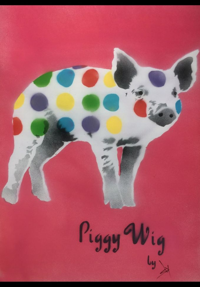 Piggy Wig (pink) (on plain paper).
