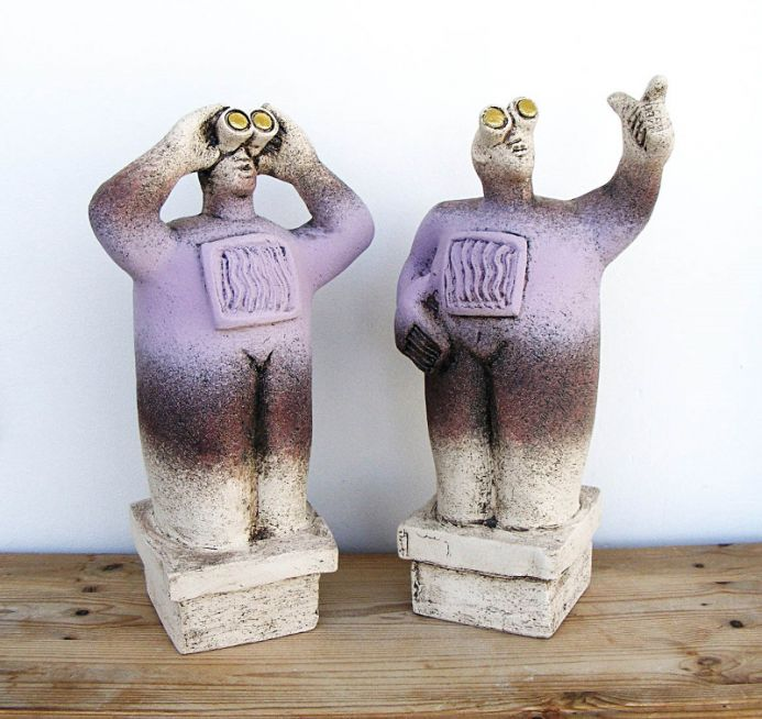 UFO Watchers - Ceramic Sculptures - (Pair) - Over there, they're flying in formation