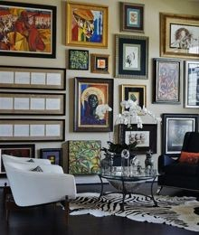Gallery in a living room